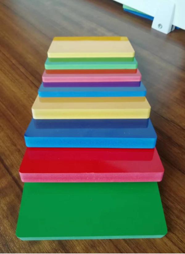 彩色PVC板报价