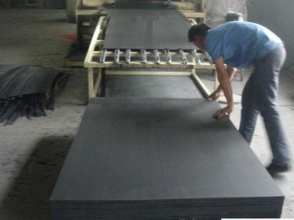 黑色PVC板制造商